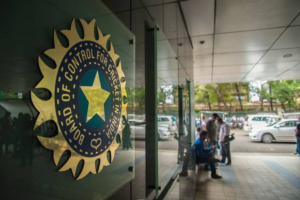 IPL 2020: medical team member of BCCI tested positive for Covid-19