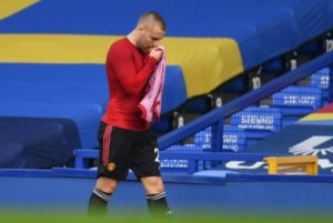 Manchester United left back Luke Shaw out for a month due to hamstring injury